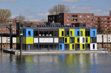 wohnen und arbeiten auf dem wasser einrichtungsideen institut f r raumdesign. Black Bedroom Furniture Sets. Home Design Ideas