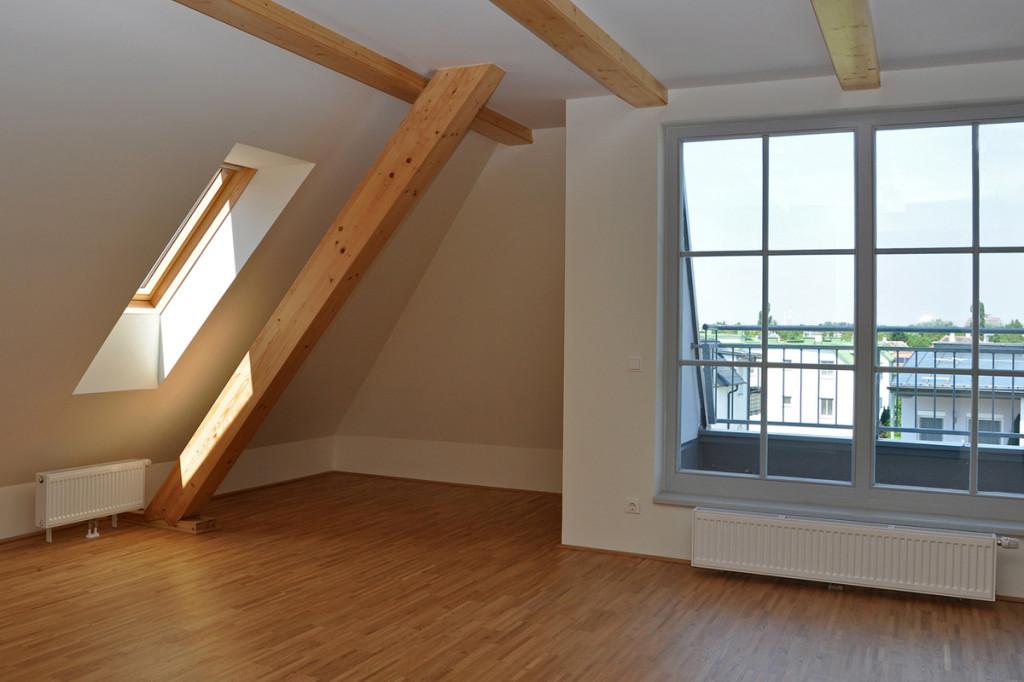 Neubezug Dachgeschosswohnung